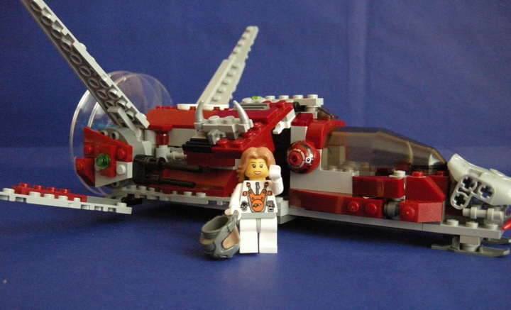 LEGO MOC - In a galaxy far, far away... - In search for humanoids