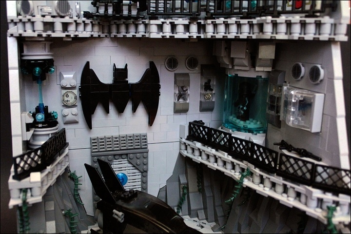 LEGO MOC - Heroes and villians - Batcave: 2-ой уровень.