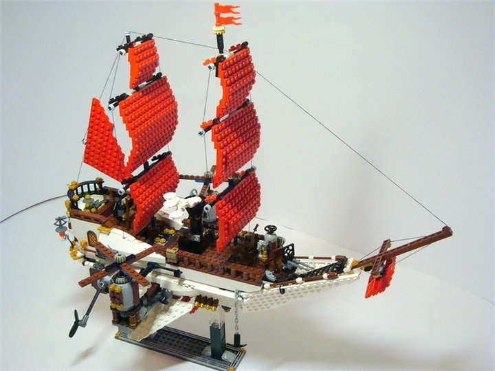 LEGO MOC - Steampunk Machine - Steampunk styled 'Scarlet Sails'