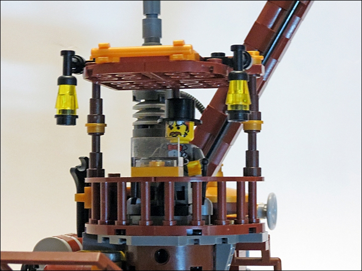 LEGO MOC - Steampunk Machine - Steampunk Harvester: Рабочее место оператора. Удобно, свежо и светло!