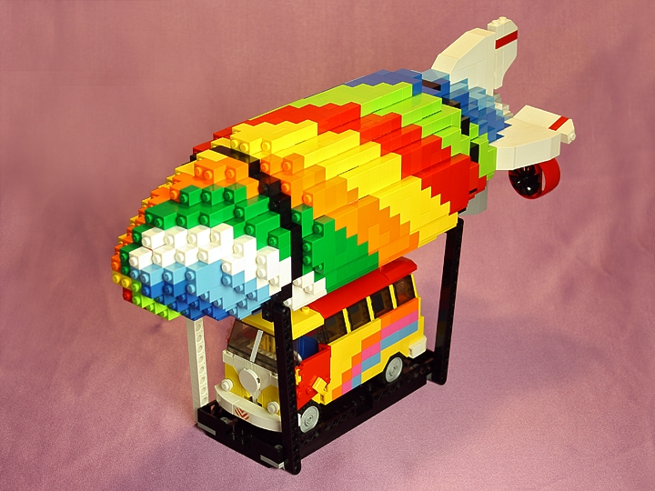 LEGO MOC - Mini-contest 'Zeppelin Battle' - Make Love Not War