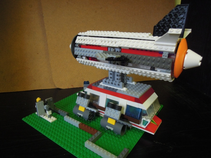 LEGO MOC - Mini-contest 'Zeppelin Battle' - Flying Bus