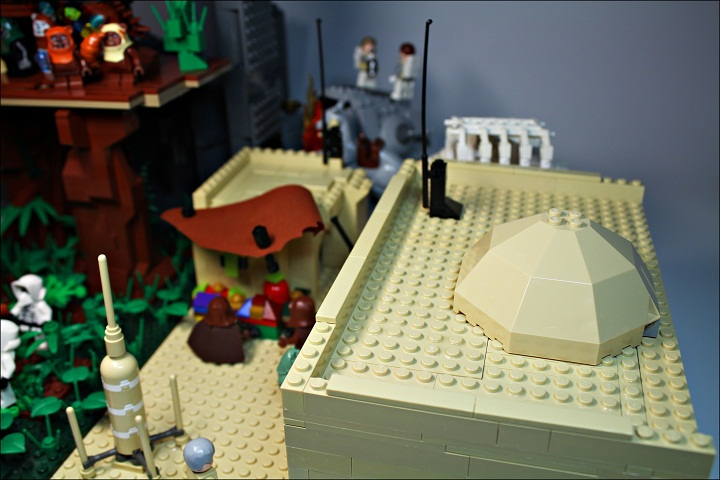 LEGO MOC - New Year's Brick 2014 - Встреча Нового года в далекой-далекой галактике...