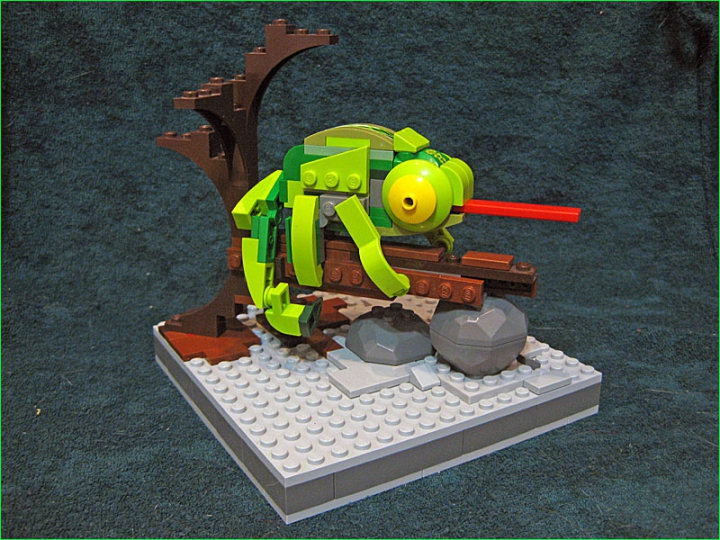 LEGO MOC - 16x16: Animals - Little Green Chameleon