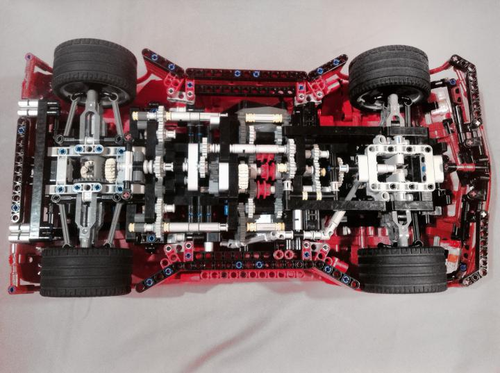 LEGO MOC - Technic-contest 'Car' - Savage