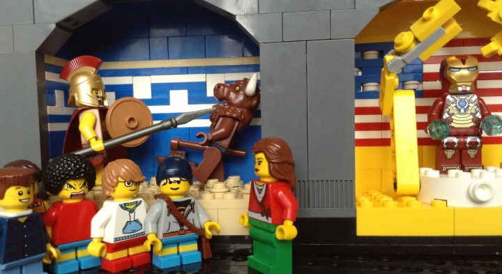 LEGO MOC - Jurassic World - A new exhibit in the city museum: Miss Pigins is conducting a tour for her students in the museum and is telling them about exhibits.
