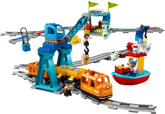 Lego Neuheiten 2018 >> Bricker - Construction Toy by LEGO 10875 Cargo Train