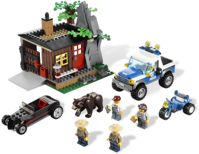 Bricker - Construction Toy by LEGO 4438 Robbers' Hideout